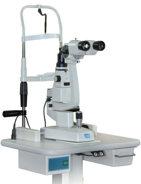 Офтальмологический микроскоп