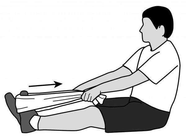 Растяжка подошвенной фасции и мышц голени сидя