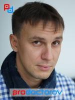 Козлов Владимир Игоревич, стоматолог-имплантолог, стоматолог-хирург, стоматолог - Екатеринбург